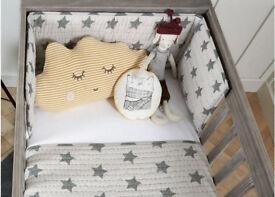 Grey Star Cotbed Bumper from Mamas & Papas