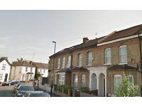 Two Bedroom House - Croydon - (CRO)