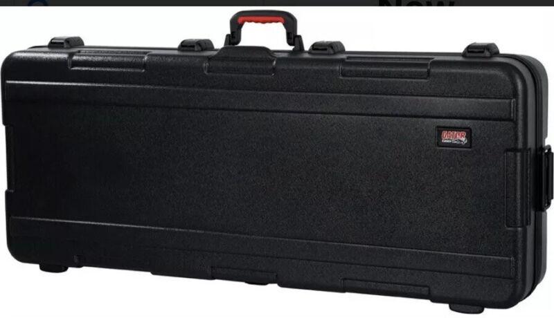 Gator TSA Molded 88-Key ATA Travel Lockable Rolling Keyboard Hard Case w/ Wheels