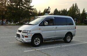 2002 Mitsubishi Delica Spacegear 4WD