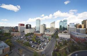 CENTRAL DOWNTOWN Location: Ideal for Working Professionals! Edmonton Edmonton Area image 12