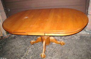 SOLID WALNUT WOOD(not veneer) Oval Dining Table w/leaf,deliver$$