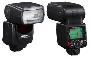 NIKON SB-700 flash in excellent condition