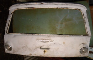 1960-63 Corvair wagon hatch