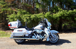 2009 HARLEY DAVIDSON ULTRA CLASSIC - SAFETIED