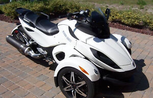Moto 3 roues Spider can am 2010 model RS-S