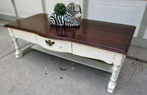 VINTAGE SOLID OAK SHABBY CHIC 2 TONE COFFEE TABLE -