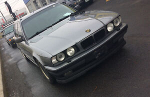BMW e34 530it with 4.0 V8 540 motor touring wagon MANUAL TRADES!