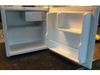 Table top Curry's refrigerator in very good condition