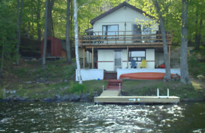 ►JUNE 24 WEEK LAST MINUTE SALE-AMAZING LAKEFRONT COTTAGE◄