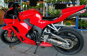 Like new Honda CBR 600 RR