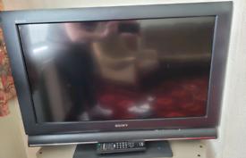Sony flat screen digital 32 inch Tv