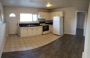 1 BEDROOM NEWLY RENOVATED SUITE! **AVAILABLE NOW**