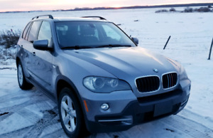 Great shape, fully loaded 2008 BMW X5! Will consider offers!