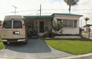 Beautiful double mobile home for Sale in St-Petersburgh Florida