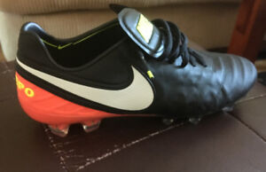 BRAND NEW Men's Nike Tiempo Legend VI FG soccer cleats