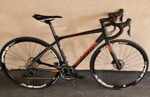 Negotiable Contend SL 22-Speed F/R DISC Bike Cycling, Outdoor