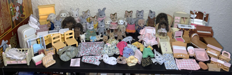 HUGE LOT Calico Critters Animals Figures Furniture Accessories Clothing Sylvania