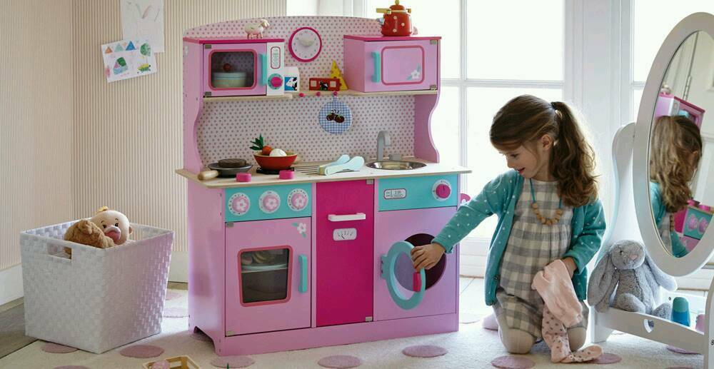 BRAND NEW SWEET PEA WOODEN TOY KITCHEN