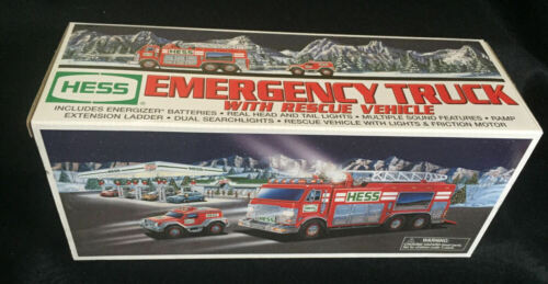 2005 HESS Rescue Truck w/Rescue Vehicle   MINT In Box ~ Tested & Working