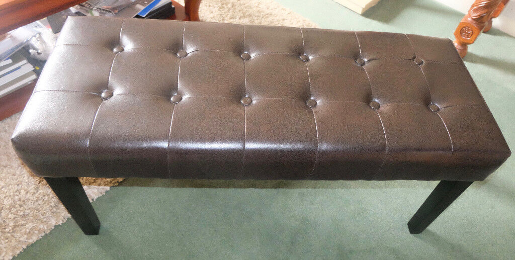 Dark Brown stool in excellent condition