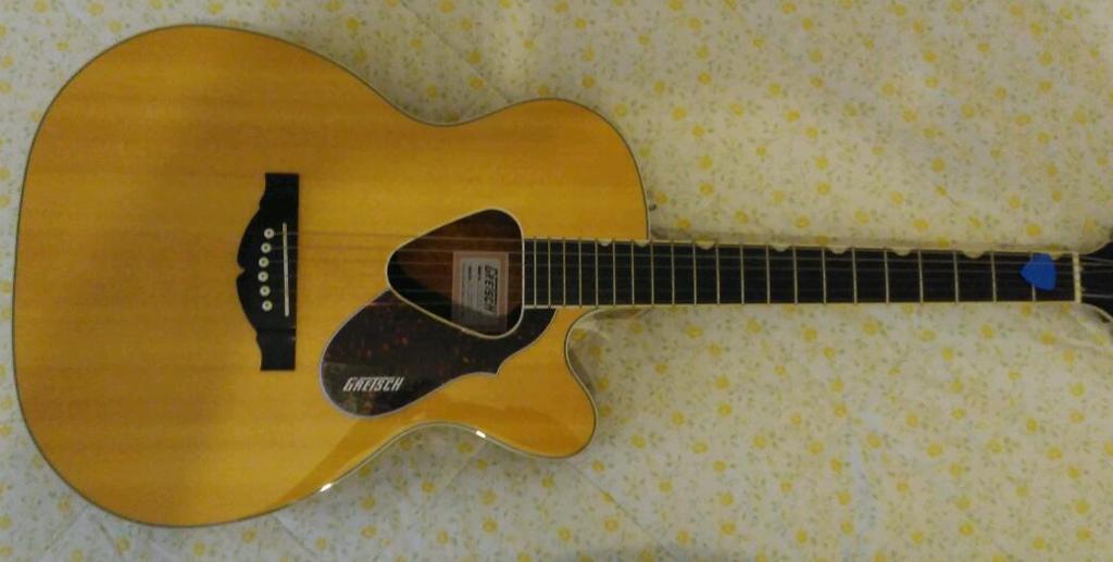 Gretsch g-5013ce guitar