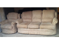 BEIGE FABRIC 3 SEATER SOFA AND MATCHING CHAIR VERY COMFY AND STURDY SUITE ALL COVERS ARE REMOVEABLE