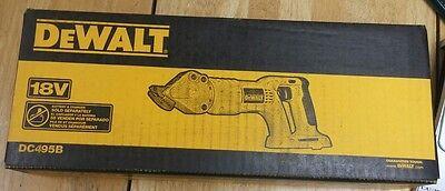 New DEWALT DC495B  18-Volt Cordless 18 Gauge Swivel Head and Shear (Tool Only)