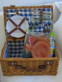 Cane basket in townsville region qld gumtree australia free picnic basket negle Images