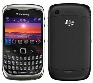 BLACKBERRY 9300  MINT CONDITION WITH THREE MONTHS OF WARRANTY