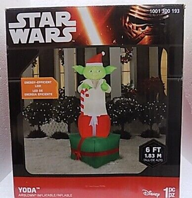 NEW 6 FT TALL GEMMY CHRISTMAS STAR WARS DISNEY YODA WITH PRESENT LED INFLATABLE
