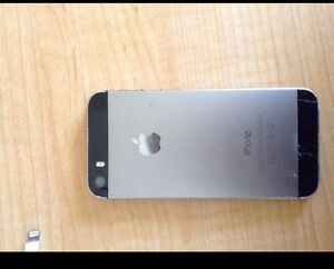 PRICE LOWERED Phone 5S space grey
