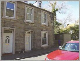 5 Bedroom Unfurnished Semi Detached House with Large Garden