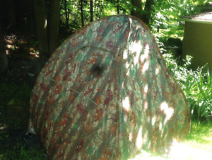 Tente de chasse camouflage / Hunting camo tent
