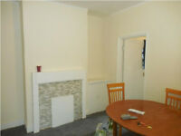 3 Bedroom Flat with Garden Available 24th March!! NW2 6PN