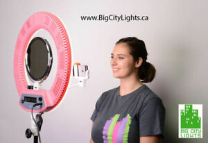 Brand New! Ultimate Diva Ringlight w Stand, mirror & Cell Holder