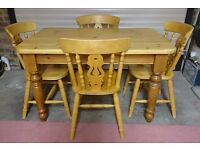 Solid Pine Farmhouse Style Table & 4 Pine Fiddle Back Chairs