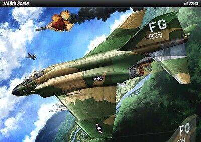 "[Academy] 1/48 F-4C ""Vietnam War"" Plastic Model Kit Airplanes 12294"