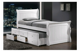 Captain wooden bed