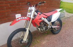 PRICE DROP 2006 Honda CRF250R