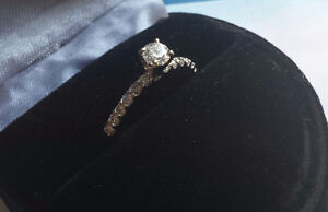 BEAUTIFUL 14K WHITE GOLD RING APPRAISED AT $2,300!