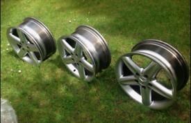 3 x Mercedes Alloy Wheels