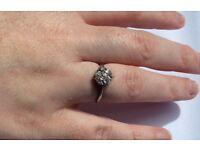 Vintage platinum diamond flower cluster ring size I 1/2