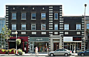 Lease transfer in Westmount! One month + September FREE rent!!