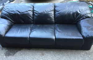 500$/OBO BLACK LEATHER COUCH