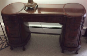 High quality French desk early 1900