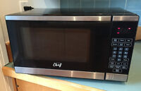 MICROWAVE $25 - Master Chef - very good condition