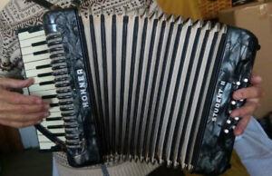 vintage Hohner II accordian