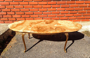 Table de Salon Vintage Surface Marbre Pattes Laiton Doré