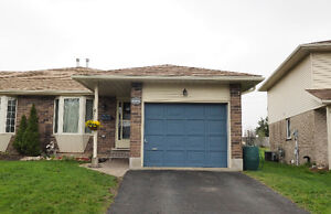 House for Sale in Waterloo!